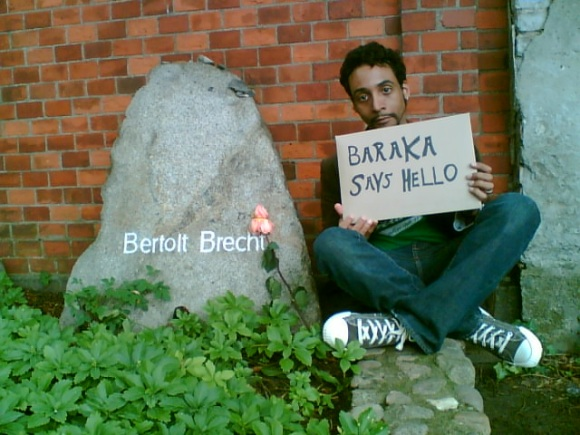 The author at Brecht's grave, Berlin, 2006 [Nina Fleck]